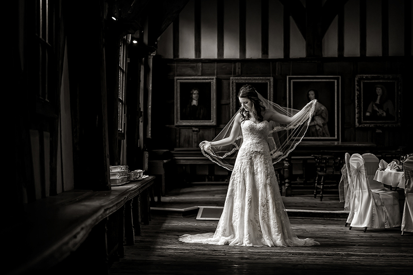 Merchant Adventurers' Hall Wedding Photography - 012